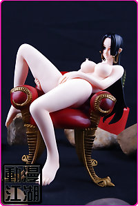 One Piece Figures (Nico Robin, Nami, Boa Hancock)-set 2
